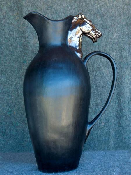 Horsehead amphora vase